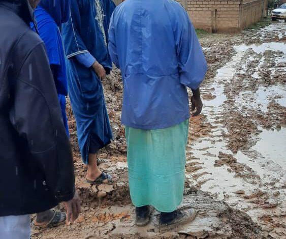 Photo of في حي العدالة نائب برلماني يقوم بفتح طريق كان مسدود(تقرير عن الولايه)