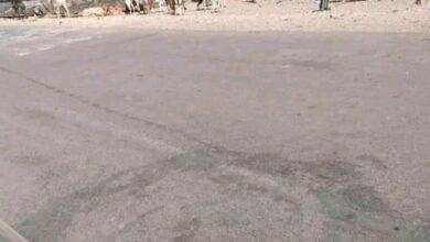 Photo of الغايرة : شاحنة تغلق الطريق الرسمي للمدينة
