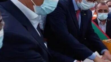 """Photo of المندوب العام للتضامن الوطني ومكافحة الإقصاء """"تآزر""""يشرف علي وضع الحجر الأساسي  لبناء ثانويه في مدينة لعيون"""